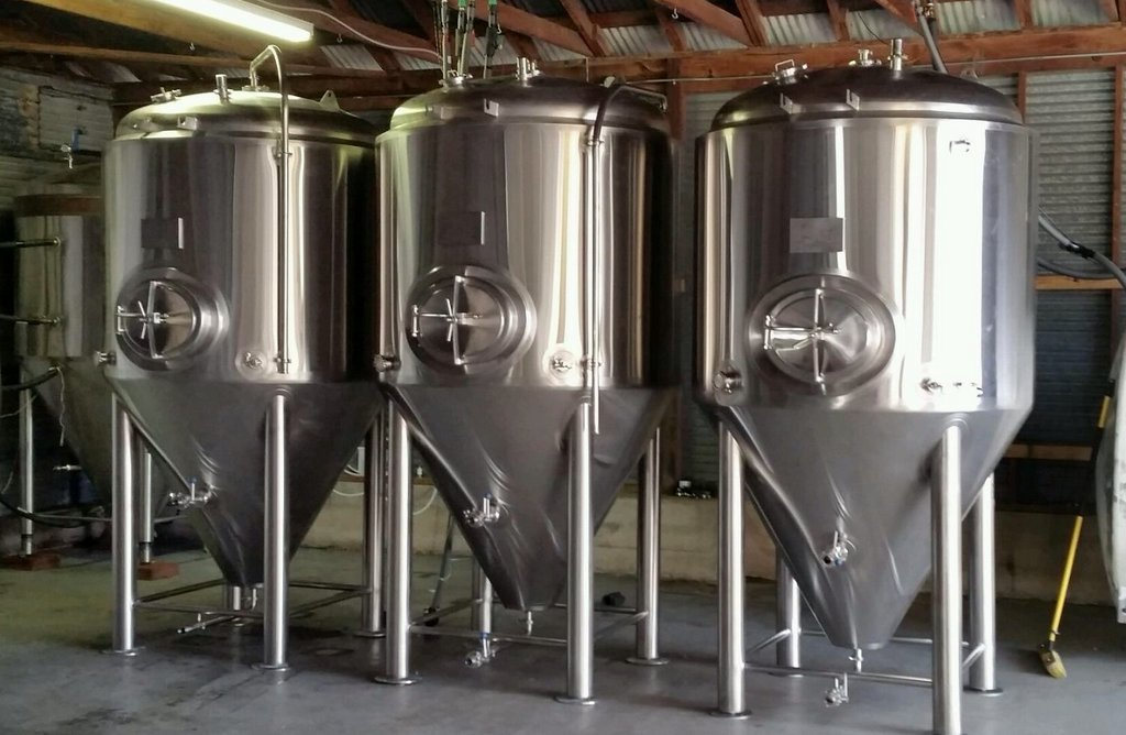 Three new fermenters for Brazos Brewing.