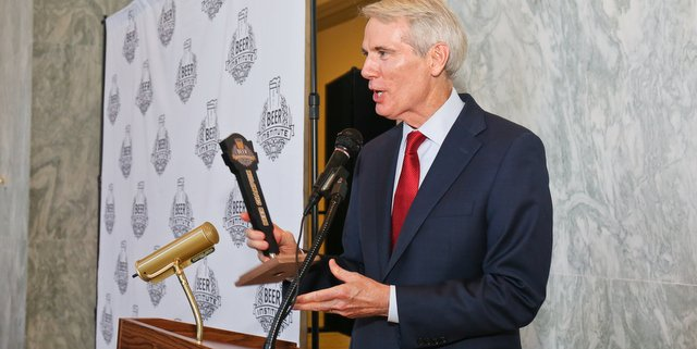 Beer Institute names Ohio Senator Rob Portman a 2018 Beer Champion