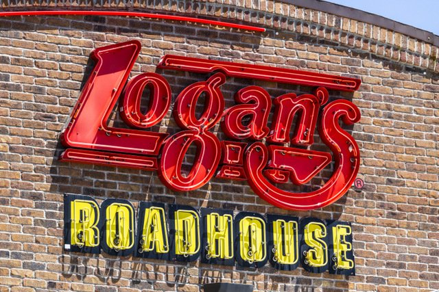 Logan's Roadhouse sign
